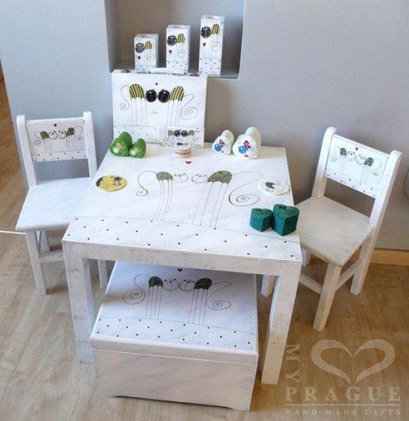 Dětský stůl – bílý – kočky