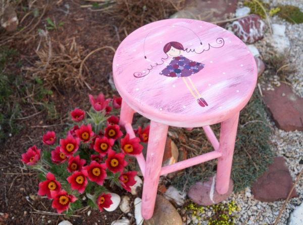 Dětská židlička – růžová – víla