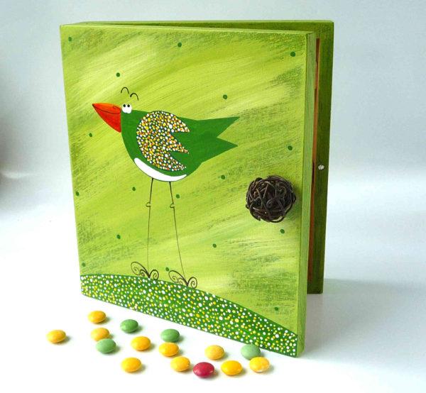 Skříňka na klíče – zelená – ptáček