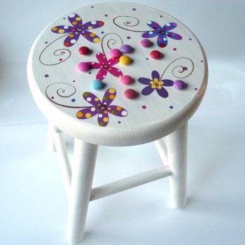 Židlička velká – bílá – květy